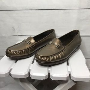 SAS comfort shoe Metro metallic bronze loafer 11